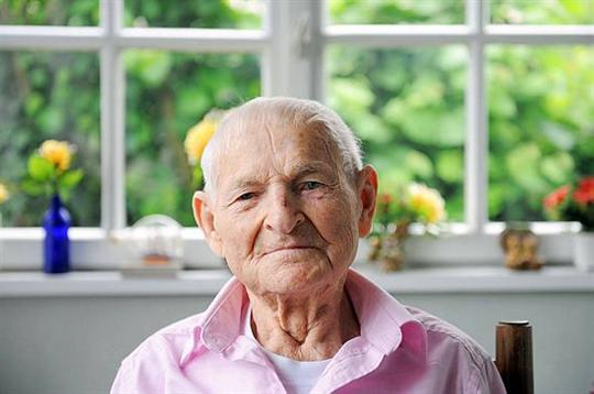 rudolf brazda gay survivor lgbt holocaust