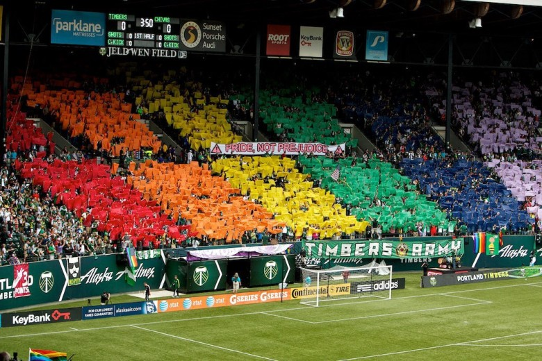 homofobia futebol desporto UEFA EURO2016 lgbt