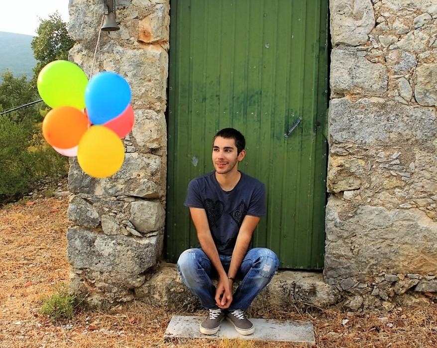 deixa-me-ser-filipe-v-branco-livro-entrevista-escrever-gay-portugal