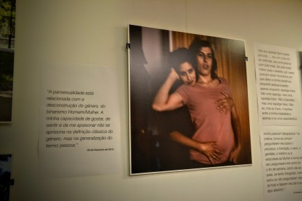 """Exposição """"antes de ser TRANS, é ser Pessoa"""": Fotografia e respectivo texto"""