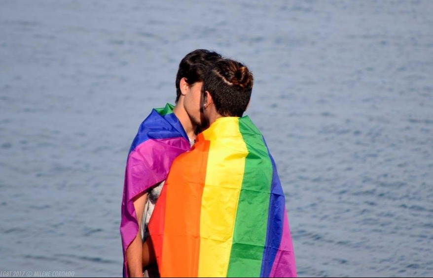 Arraial Marcha Milene Coroado LGBTI Love Wins rainbow arco-íris