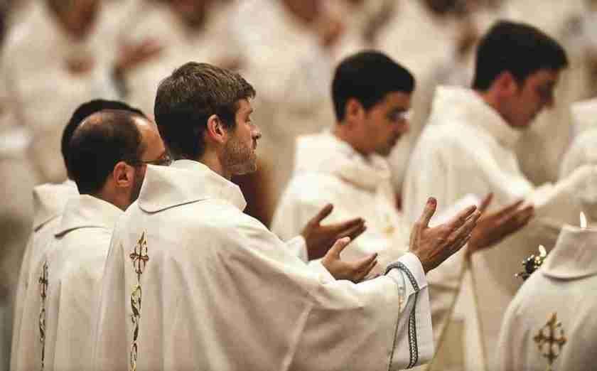 dest-padres homofobia homossexualidade gay portugal religião