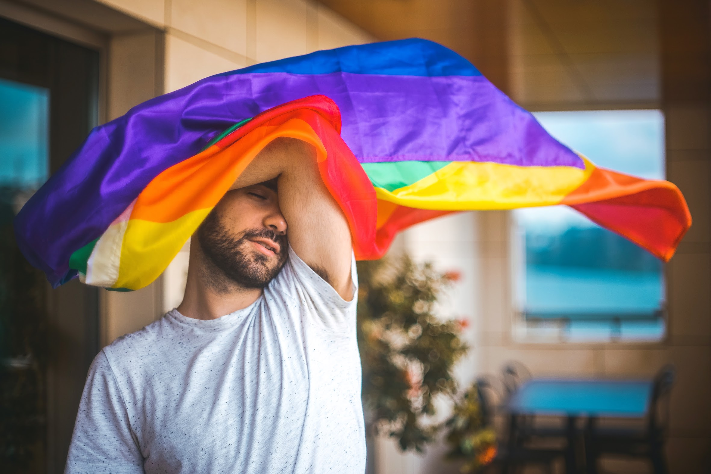 Tiago Braga Ilusão entrevista LGBTI Portugal Cultura Música Pop rainbow.JPG
