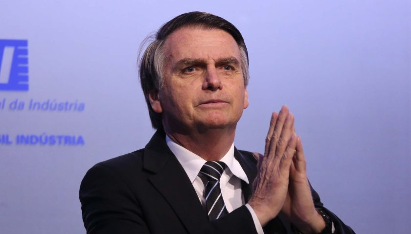 bolsonaro fake news kit lgbti gay brasil política