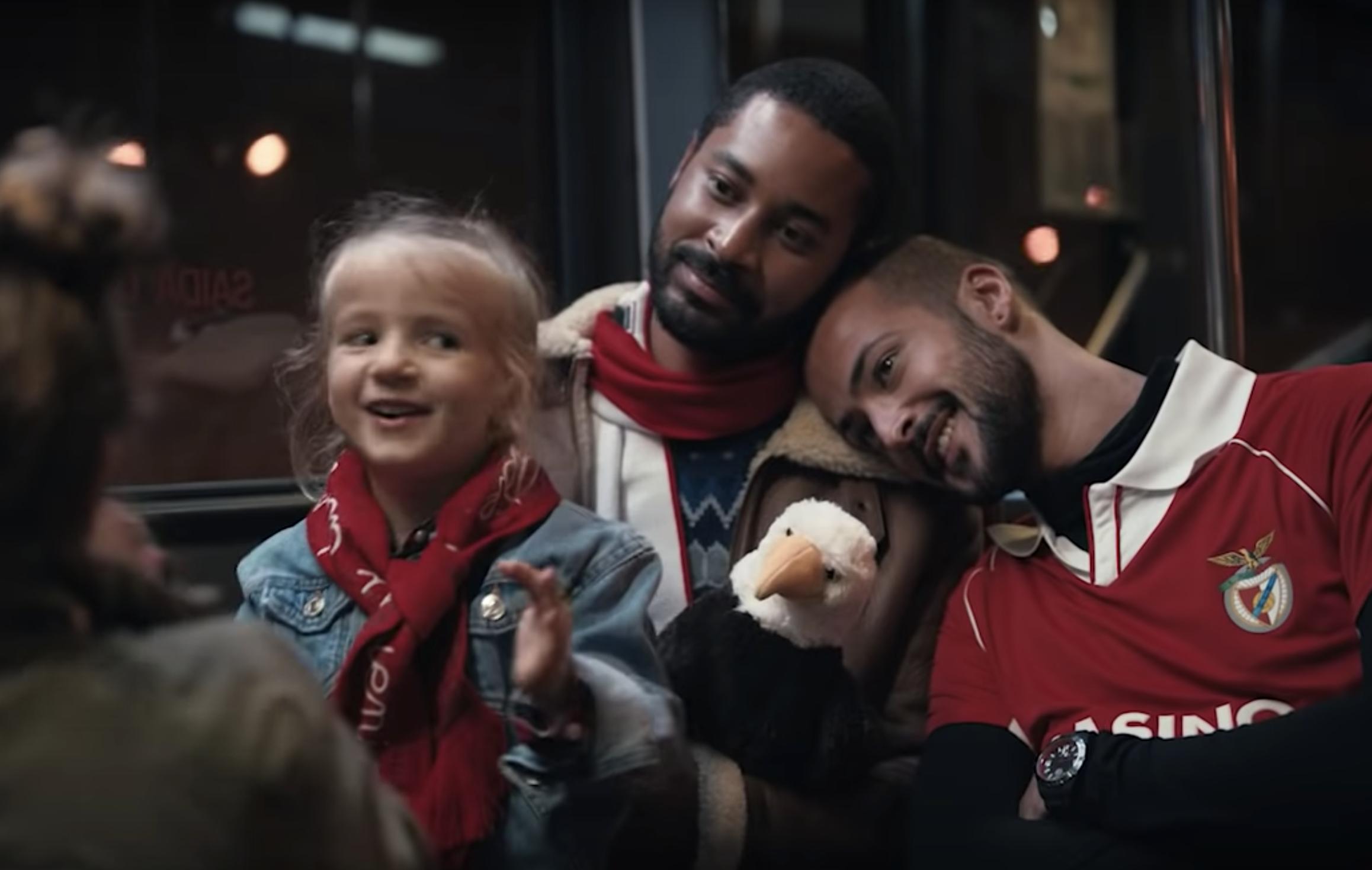 """Histórico! Benfica lança campanha inclusiva para famílias: """"O importante é haver amor!"""""""