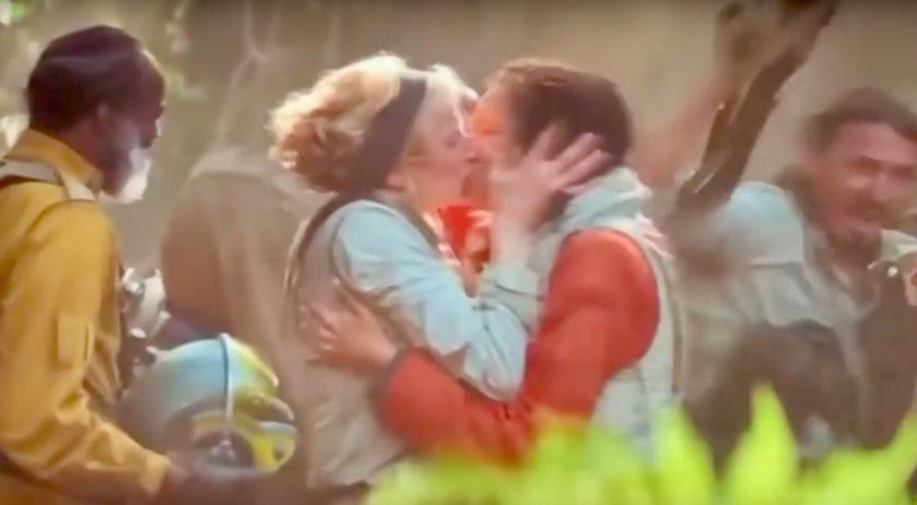 Star Wars: Disney retira beijo lésbico em Singapura e no Dubai ...